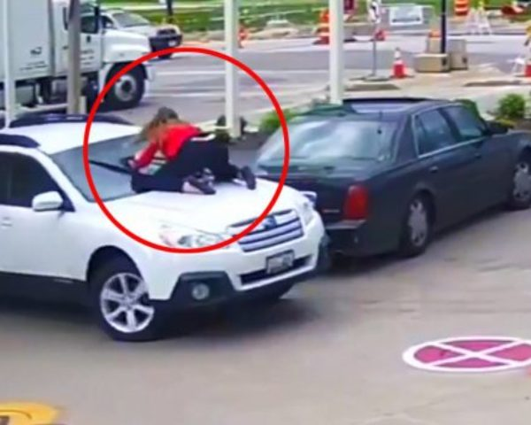 Wawww, Just watch how brave this women was when a thief TRIED to steal her car.
